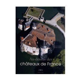 Au-dessus des châteaux de France