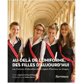 Agnès Cerbelaud-Salagnac - Au-delà de l'uniforme des filles d'aujourd'hui